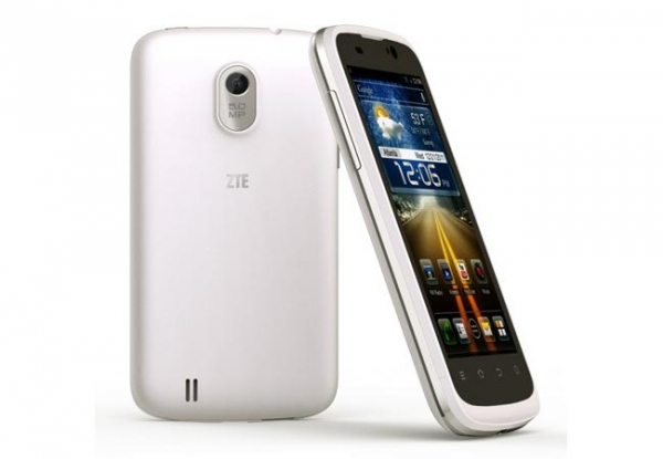 Android-smartphone ZTE Blade III